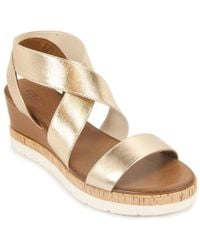 275 Central - Metallic Leather Sandal - Lyst