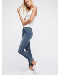 Free People - Great Heights Frayed Skinny Jeans - Lyst