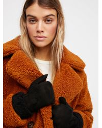 Free People - Hestra Shearling Mittens - Lyst