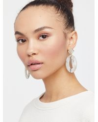 Free People - Kelly Resin Drop Hoop Earrings - Lyst