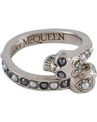 Alexander McQueen - Jewel Twin Skull Ring - Lyst