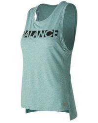 On - Women's New Balance Cott Graphic Tank - Lyst