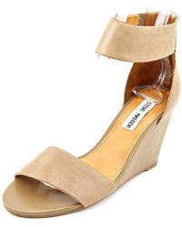 0edc250fa70 Steve Madden - Lanai Women Us 10 Tan Wedge Sandal - Lyst