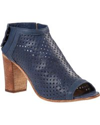 275 Central - Perforated Bootie Navy Leather - Lyst