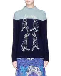 Helen Lee - Colourblock Bunny Embroidered Wool-cashmere Sweater - Lyst