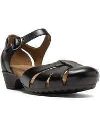 Cobb Hill - Gina Black Leather Flats - Lyst