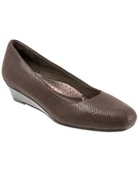 Trotters - Lauren Tweed Embossed Leather Wedge Court Shoes - Lyst