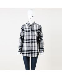 389b94e4aed59a Lyst - Burberry Cropped Silk Blouse in Metallic