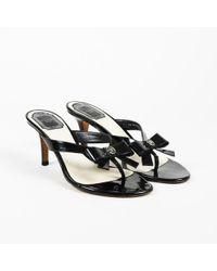 5d62e6a7f46 Lyst - Tory Burch Holly 2 Kitten Heel Logo Patent Thong Sandals in ...