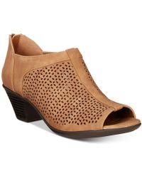 Easy Street - Steff Sandals - Lyst