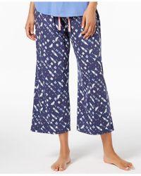 Hue - ® Play Nice Printed Capri Pajama Pants - Lyst