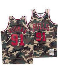 c22358e14f9 Mitchell & Ness Chicago Bulls Scottie Pippen Washed Out Basketball Jersey  in Black for Men - Lyst