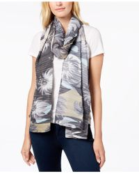 Echo - Circling Lotus Pleated Scarf - Lyst