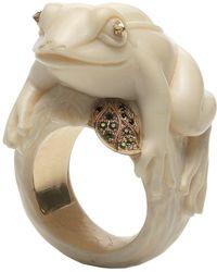 Bibi Van Der Velden - Frog With A Golden Leaf Ivory Ring - Lyst