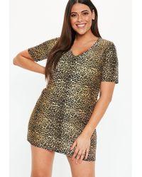 0dd5e49d4035f Missguided - Plus Size Brown V Neck Leopard Print T Shirt Dress - Lyst