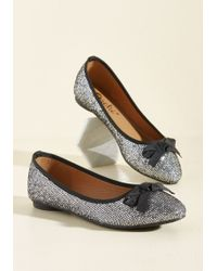 Machi Footwear - Fave The Day Flat In Silver - Lyst