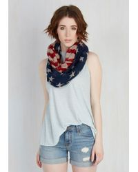 Cilla Collection - Red, White, And Views Circle Scarf - Lyst