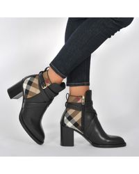 Burberry - Vaughan Check Boots In Black Smooth Calfskin And Cotton - Lyst
