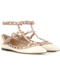 12431e2672be Lyst - Women s Valentino Ballet flats and pumps On Sale