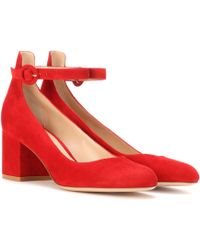 Gianvito Rossi - Greta Mid Suede Court Shoes - Lyst