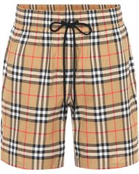 Burberry - Short en coton à carreaux - Lyst