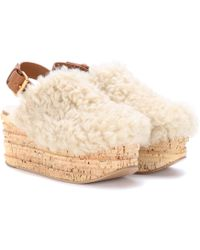 Chloé - Camille Platform Shearling Sandals - Lyst