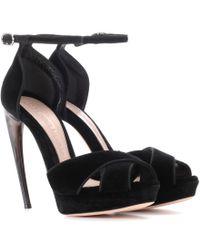 Alexander McQueen - Curved Horn-heel Velvet Sandals - Lyst