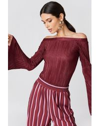 NA-KD - Pleated Off Shoulder Top Dusty Rose - Lyst