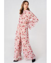 NA-KD - Cut Out Jumpsuit Pink Flower - Lyst