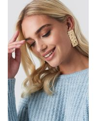 NA-KD - Textured Rectangle Earrings Gold - Lyst