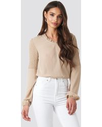 9748c5ccaa0b7a NA-KD Wrap Satin Top Beige in Natural - Lyst