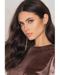 NA-KD - Structured Chain Drop Earrings - Lyst