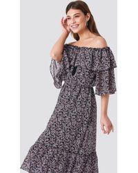 57b9fdff6935 NA-KD - Off Shoulder Flounce Maxi Dress Black pink Leaves - Lyst