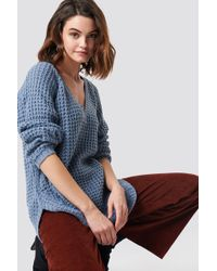 NA-KD - V-neck Pineapple Knitted Sweater Stone Blue - Lyst