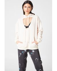 Glamorous - Cut Out Hoodie Stone - Lyst