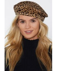 Nasty Gal - Here And Meow Velvet Leopard Beret - Lyst