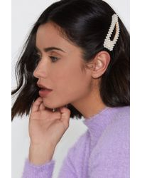 Nasty Gal - A Pearl's Pearl Oversized Hair Clips - Lyst