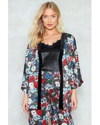 Nasty Gal - Velvet Trim Floral Kimono Velvet Trim Floral Kimono - Lyst