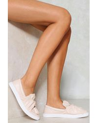 Nasty Gal - All Set To Bow Vegan Leather Sneaker All Set To Bow Vegan Leather Sneaker - Lyst