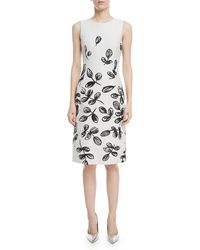27b4749ed6bd Oscar de la Renta - Fern-print Sleeveless Sheath Dress - Lyst