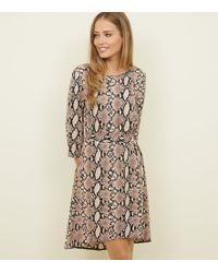 New Look - Camel Snake Print Belted Dip Hem Dress - Lyst