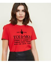 New Look - Red Toi And Moi Printed Slogan T-shirt - Lyst