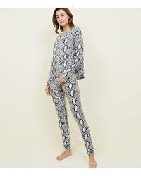 bbf7ad47ca9 New Look - Tall Light Grey Snake Print Pyjama Set - Lyst