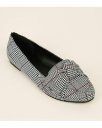 New Look - Wide Fit Black Houndstooth Check Bow Front Loafers - Lyst