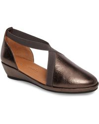 Gentle Souls - By Kenneth Cole Natalia Wedge - Lyst