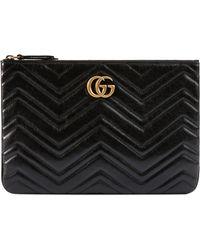 0fe7a8bd950f Gucci GG Marmont Matelassé Leather Clutch in Black - Lyst