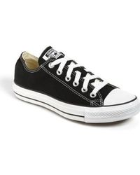 Converse - Chuck Taylor Low Top Sneaker - Lyst