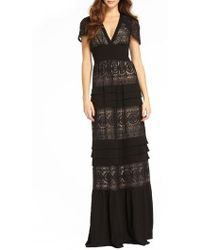 ML Monique Lhuillier - Tiered Lace Gown - Lyst