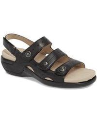 Aravon - Three Strap Sandal - Lyst