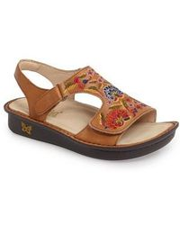 Viki Workwomanship Hand Painted Flowers Sandals